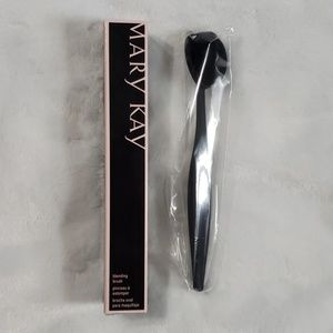 Mary Kay Blending Brush